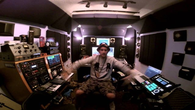 Marc 2Ray – Gotta Dream (Feat. Black Cat)